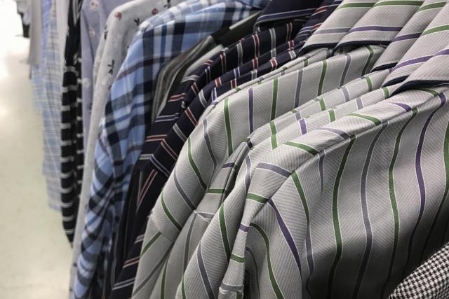 パターン違いのシャツ